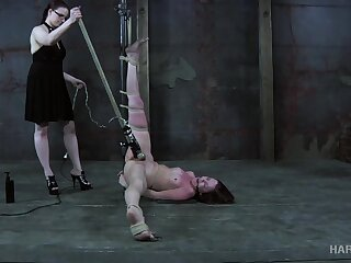 Flushing and groaning nonstop bitch gets her pussy treated down vibe