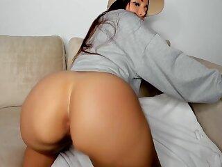 stunning big ass latina orgasm