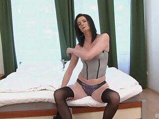Mature slut Laura Dark enjoys having anal sex encircling a black man