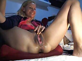 Hot Amateur Blonde Close Up Ma